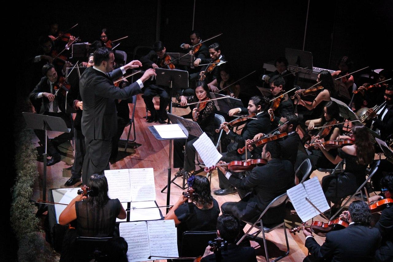 """LaOrquestaSinfónicaJuvenil de Zapopanpresenta el recital""""Juegos fascinantes"""" / Centro Cultural Constitución"""