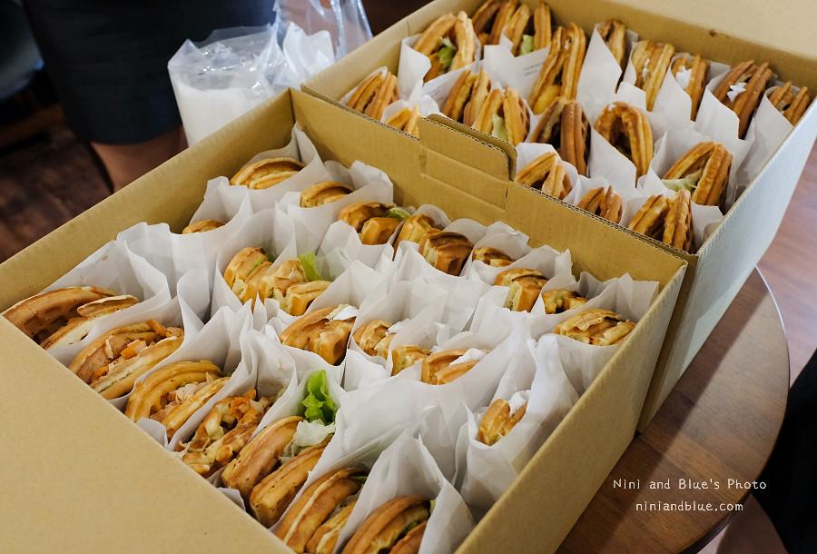 小木屋鬆餅.台中家商店10