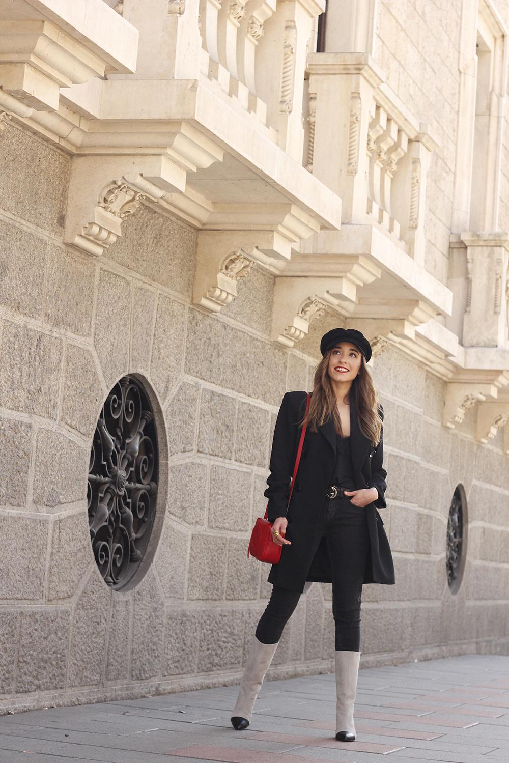 black blazer bicolor boots uterqüe gucci bag gucci belt navy cap style fashion winter outfit10