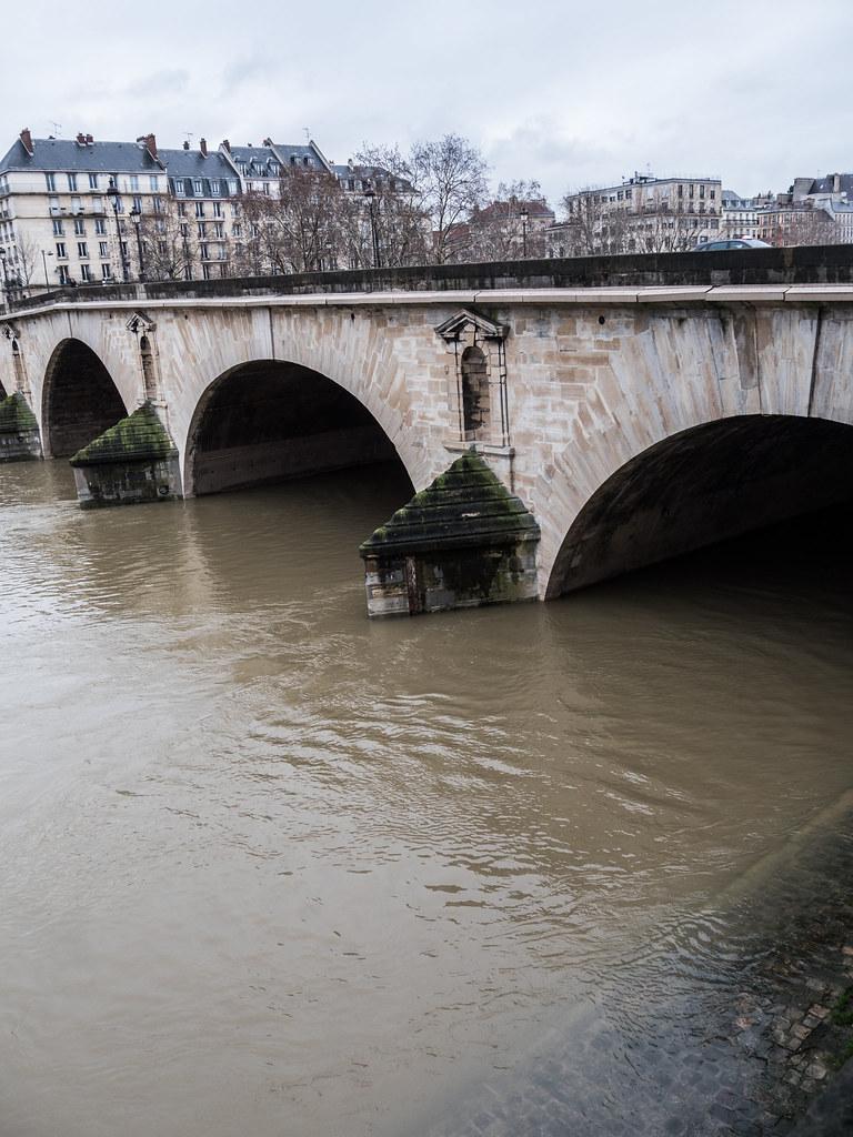 Crue de la Seine suite 39669226181_469ca0f7ef_b