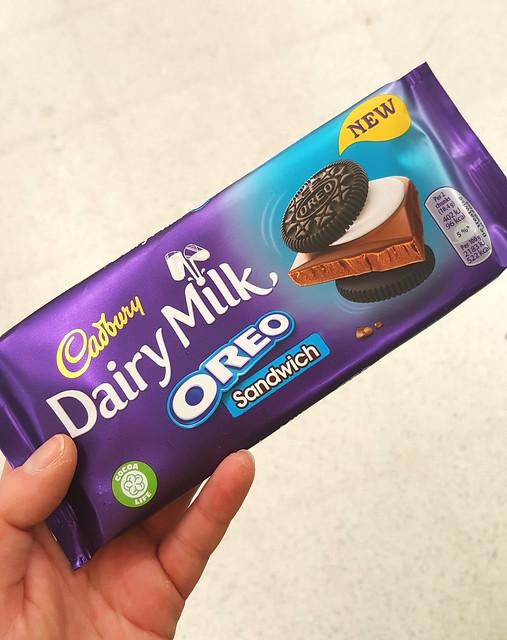 Cadbury Dairy Milk Oreo Sandwich Bar