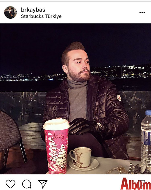 Berkay Baş, Boğaz manzarasına karşı Starbucks'ta keyif kahvesi içti.