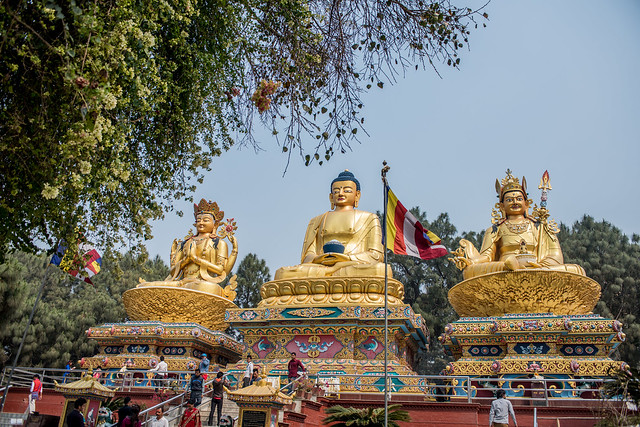 3 Statues of Buddha, Nikon D810, AF-S Zoom-Nikkor 28-70mm f/2.8D IF-ED