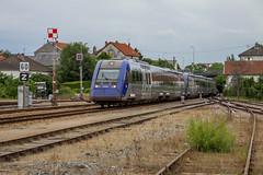 11 juin 2010 x 72515-72579 Train 4583 Montlucon -> Bordeaux Gueret (23) - Photo of Guéret