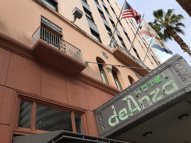 Hotel deAnza