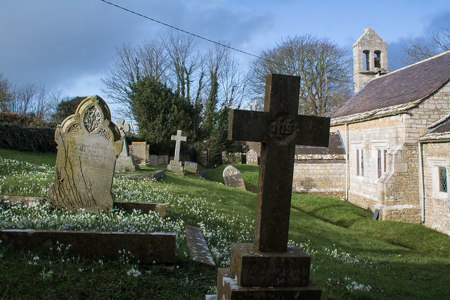 Churchyard, Buckland Ripers