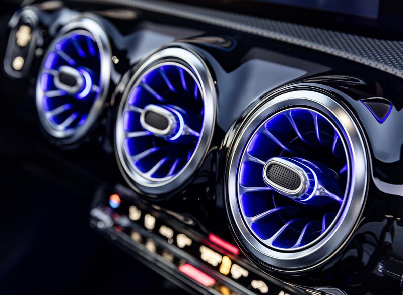 2019-Mercedes-Benz-A-Class-Hatch-27