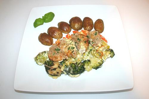 56 - Pork tenderloin vegetable gratiné - Served / Schweinefilet-Gemüse-Gratin - Serviert
