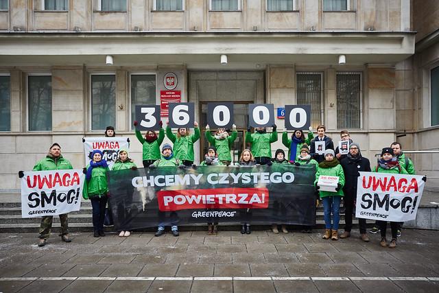 Polacy mają dość: 36 tys. osób wzywa ministra energii do walki ze smogiem