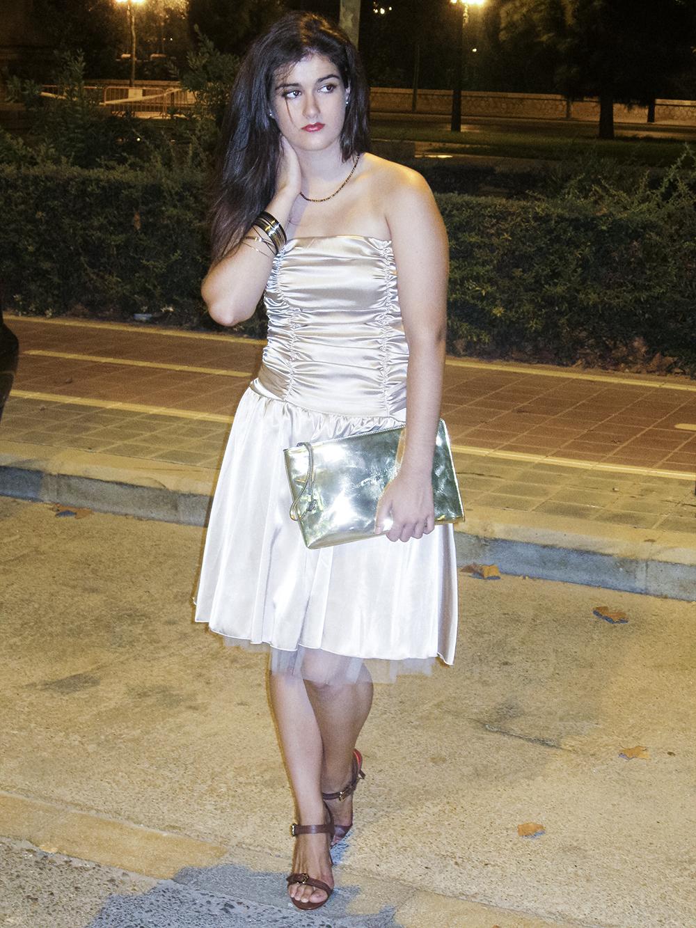 somethingfashion blogger valencia influencer spain_carolina herrera sandals_vintage dress beauty beast inspired 2
