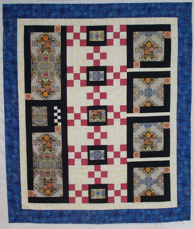 Focus fabric quilt top by Sandi Walton at Piecemeal Quilts