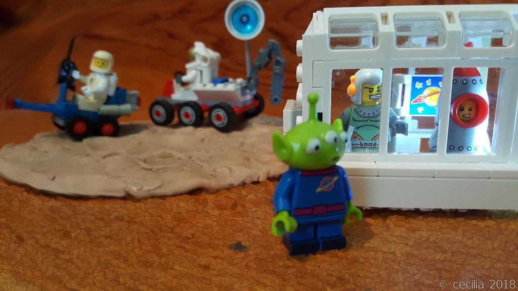 Space Kids find a friend