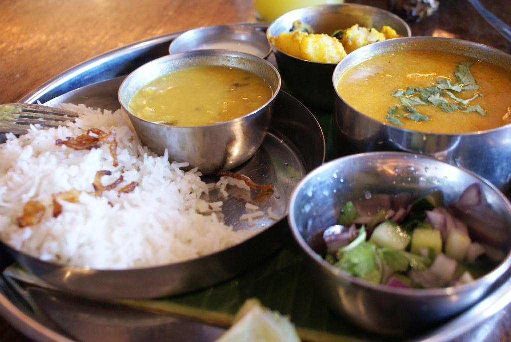 Plein de bonnes choses à savourer dans le restaurant Thali du centre d'Oxford.