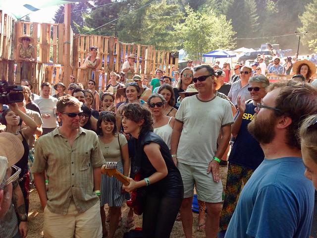 Those Darlins @ Pickathon 2014, Pendarvis Farm, Portland, OR, 02 August 2014