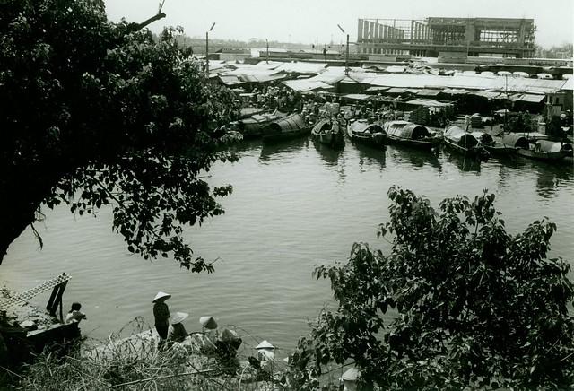 Dong Ba Market, 1969
