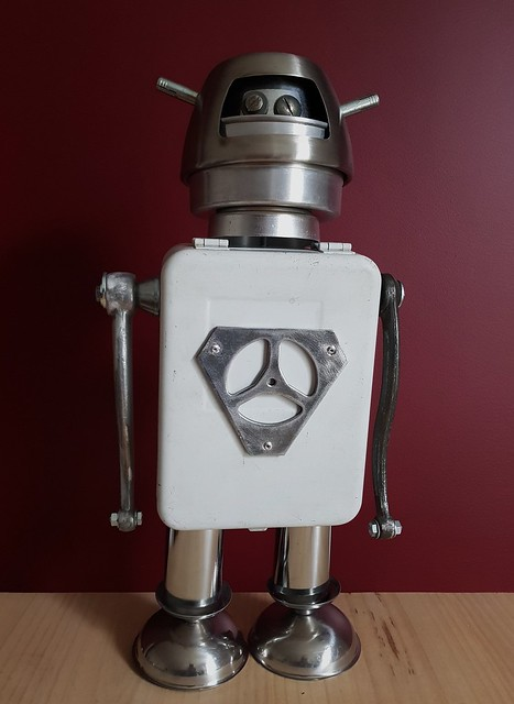 super hero-bot