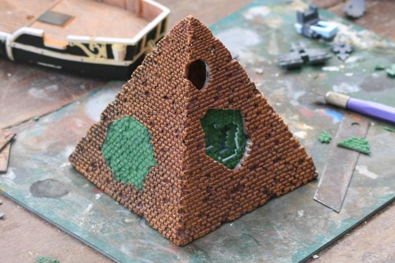 [Décors Aquarium] Une pyramide 38727070245_1bdc7c9c91_c