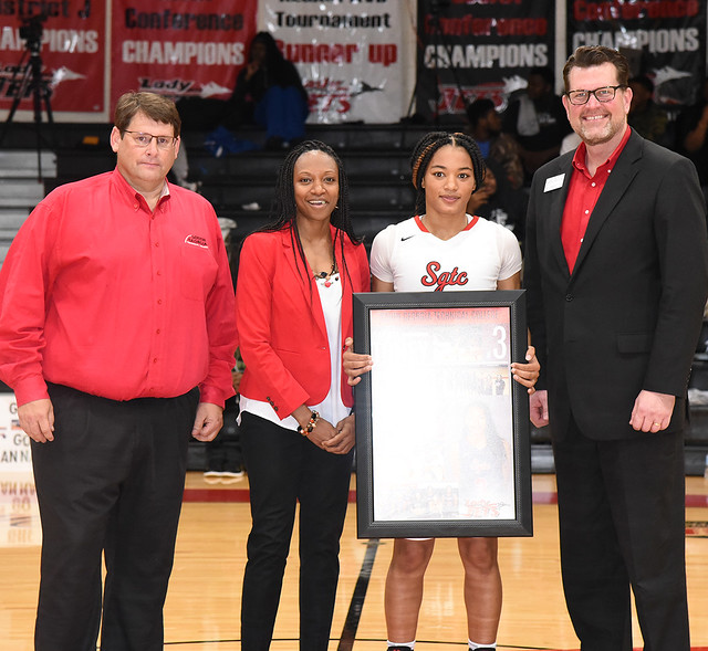 SGTC recognizes Jets, Lady Jets sophomore players