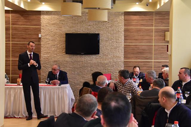 PNL Tecuci a organizat evenimentul-întâlnire cu oamenii de afaceri tecuceni. Cu Raluca Turcan, George Stanga si Lucian Costin