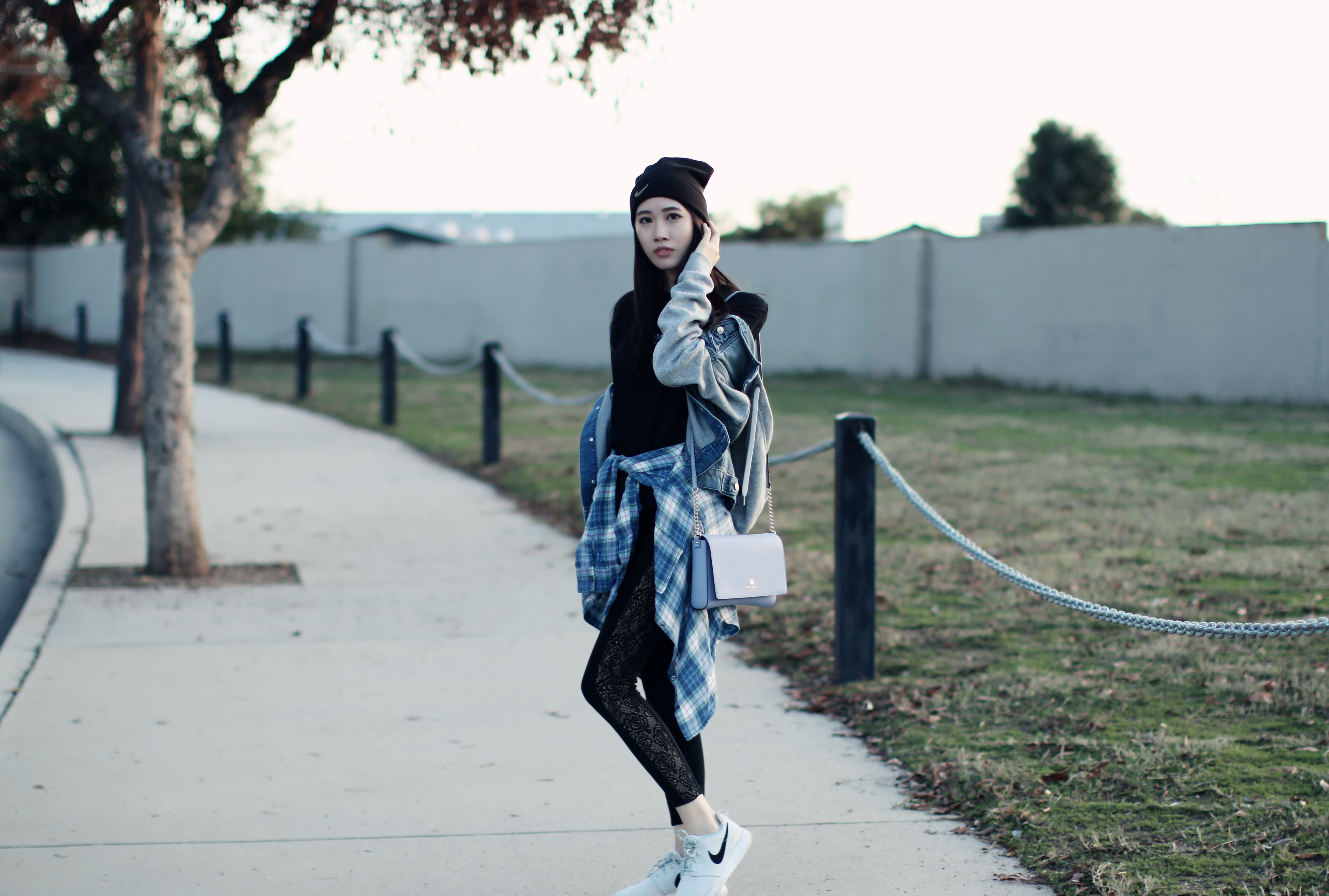 4314-ootd-fashion-style-outfitoftheday-wiwt-streetstyle-urbanoutfitters-hm-f21xme-nike-elizabeeetht-clothestoyouuu