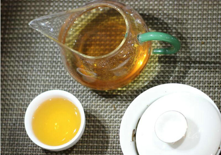 2011 XiaGuan BanZhang Old Tree  Cake   357g YunNan    Puerh Raw Tea Sheng Cha