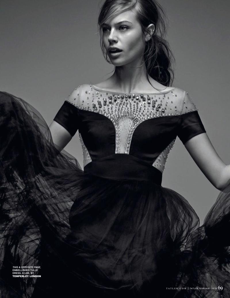Jessica-Clarke-Model15