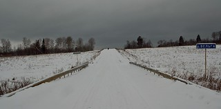 SDIM0814. On the Snowy Road to Skrepyaschevo (Скрепящево)