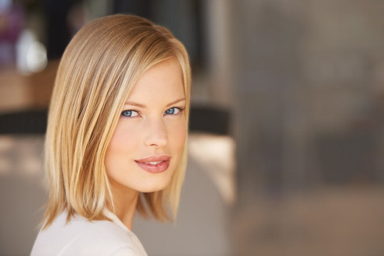 20+Top Bob Feathered Hairstyles-Today Styles 2018 5