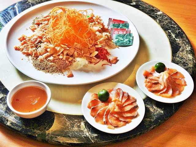 Yu Sheng With Norwegian Salmon