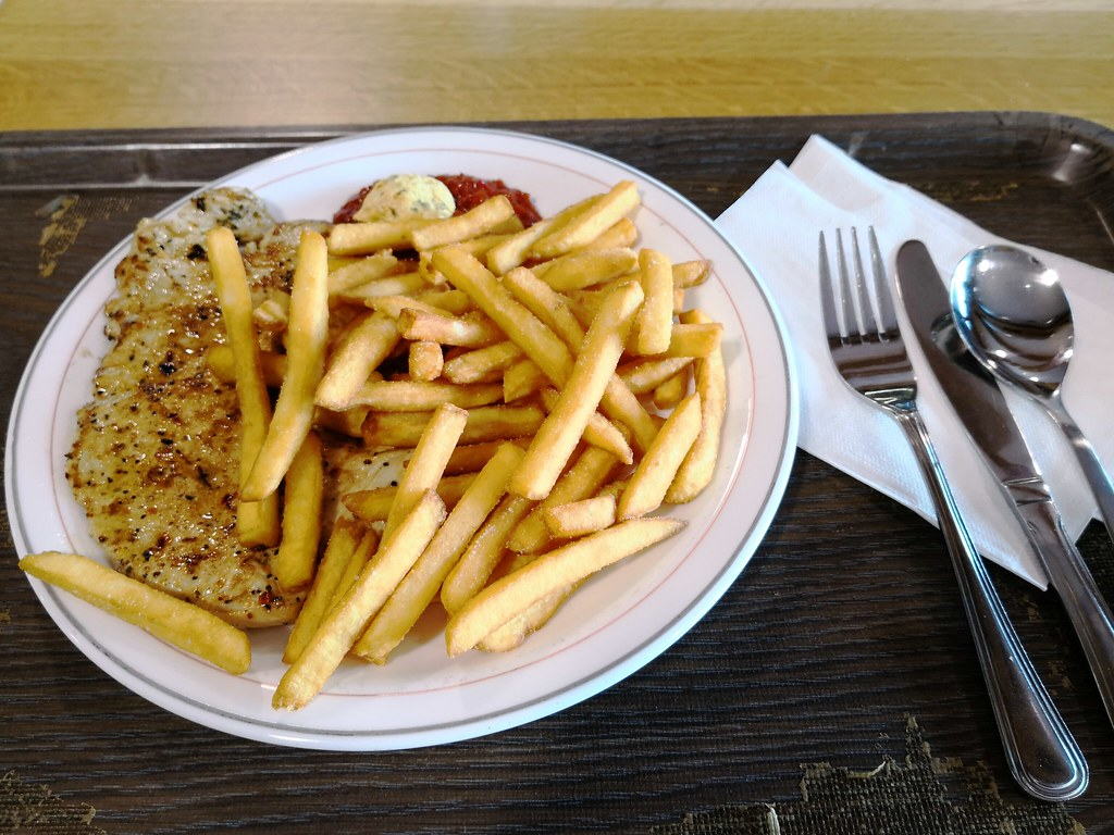 Veal Escalope with fries