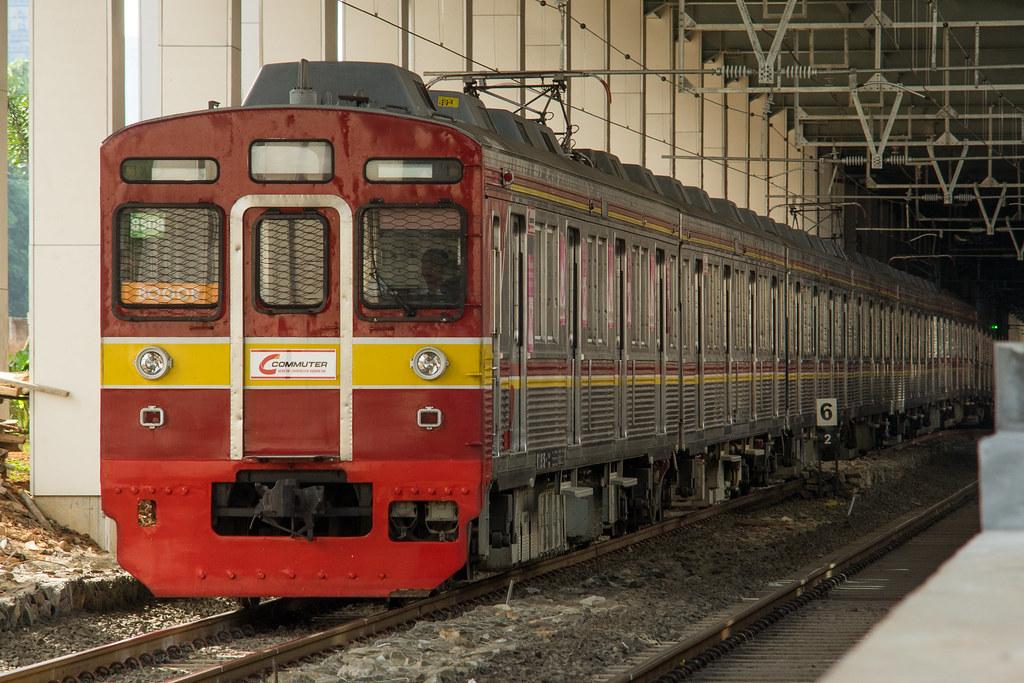 Tōkyū 8500 ( 8608F )  ; Yellow Line (Bogor) ; Stasiun Sudirman Baru / BNI City