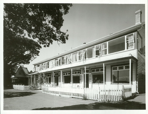 itle: Hotels and Motels - North Island  Publicity ...