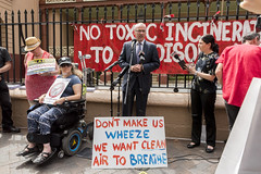Luke Foley speaks at No Incinerator rally