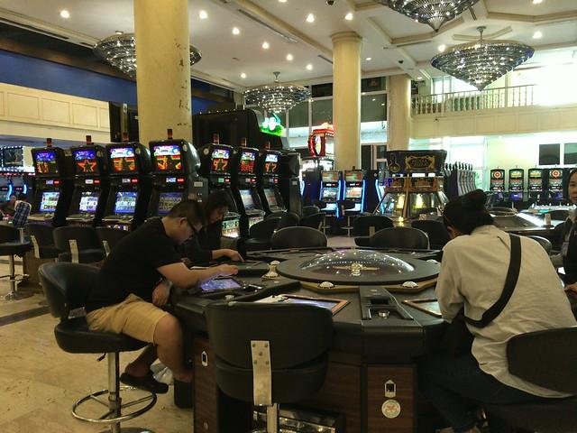 カンボジア側の国境のカジノ