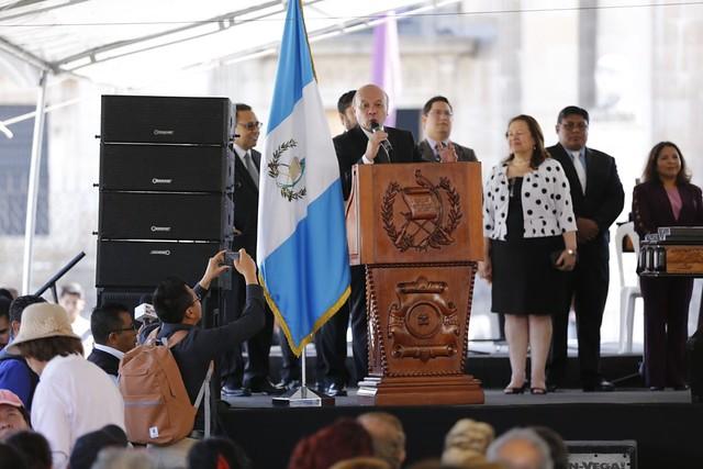 Plaza de la Constitución se llena de fiesta por la celebración del Día de la Marimba