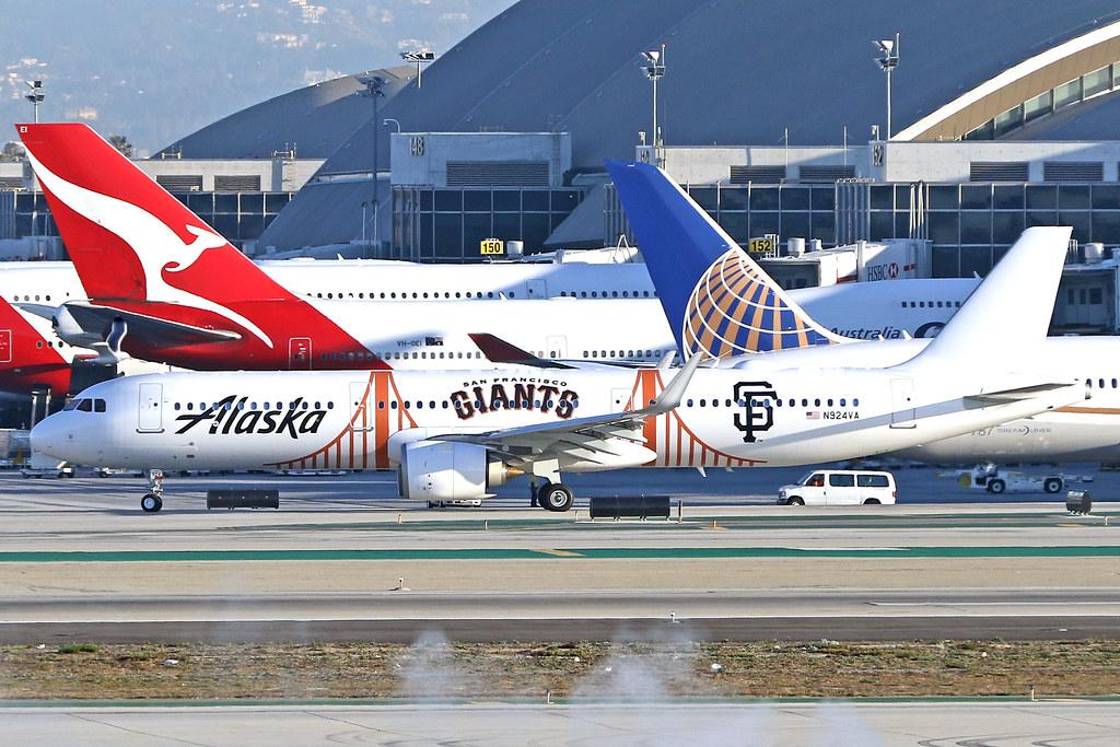 Alaska Airlines Airbus A321-253N (c/n 7942) N924VA