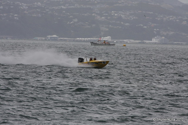 Powerboat racing, Wellington 4-2012 (64), Canon EOS 40D, Tamron SP 70-300mm f/4.0-5.6 Di VC USD