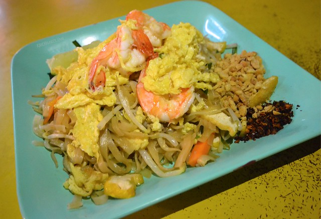 bangkok itinerary pad thai what to eat