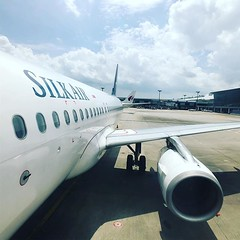 啟程出發下一站-印尼 【浪遊旅人】http://ift.tt/1zmJ36B #backpackerjim #lifewelltravelled #flytothesky #singaporeair #silkair #flight #sq5156 #departure #changi #airport #singapore