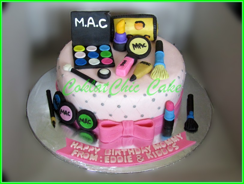 Cake Cosmetics MOMMY 20cm