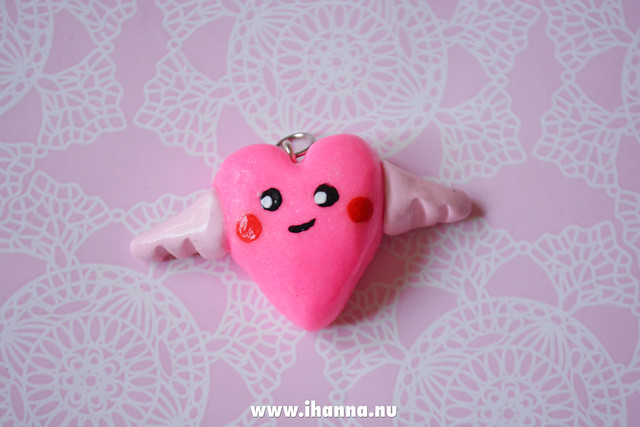 Chuby Flying Kawaii Heart made by iHanna