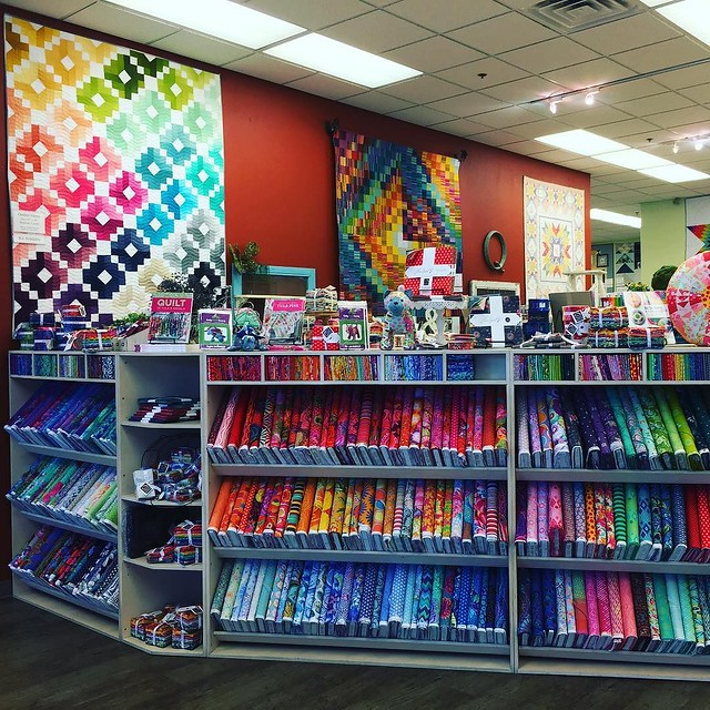 Visited an amazing quilting shop... ❤️💛💚💙💜