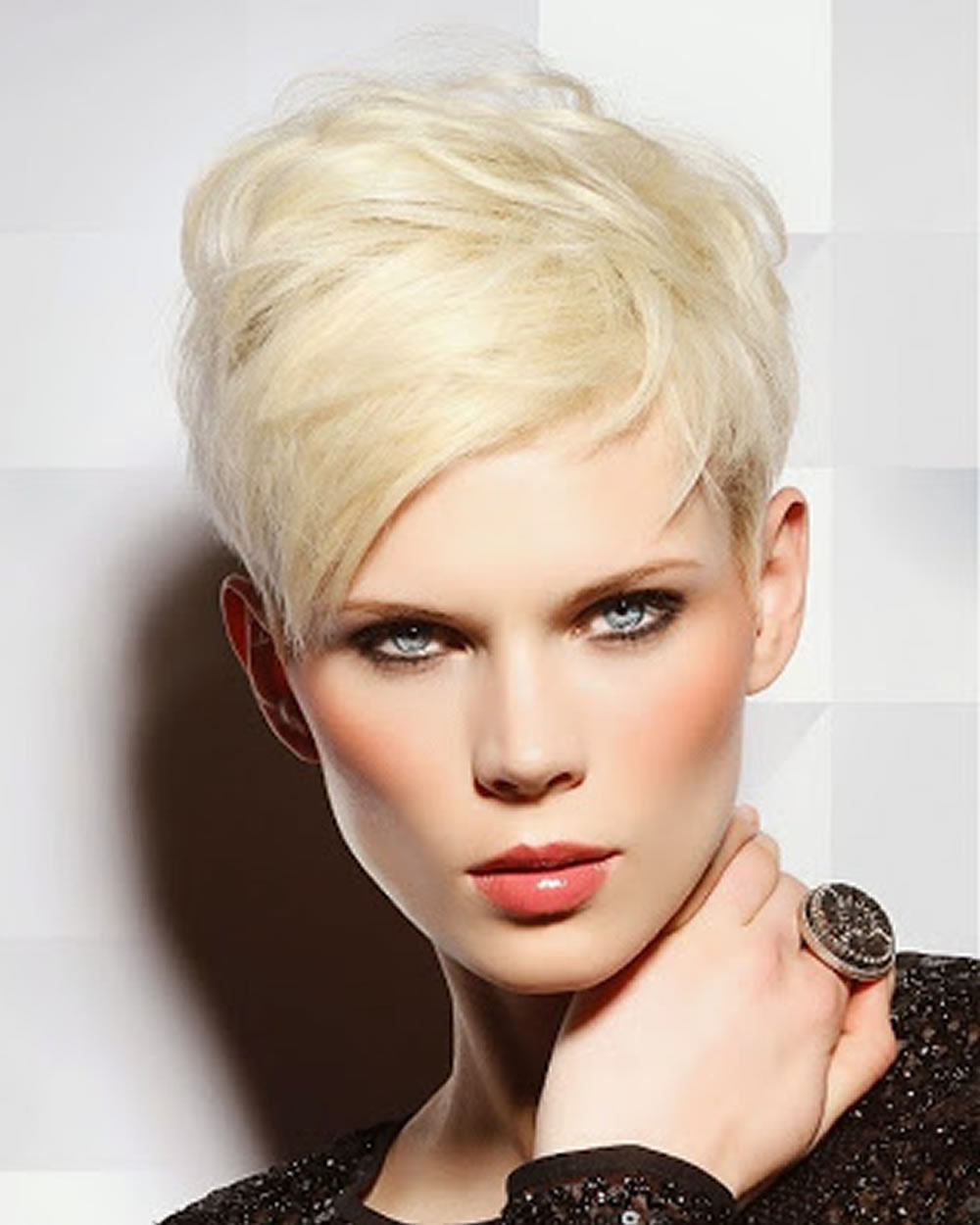 Short Hairstyles And Pixie Hair Cut Images For Women 2018