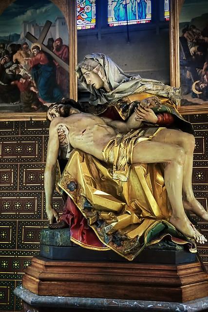 Statue of Christ and Mary, Vyšehrad, Praha, Czechia