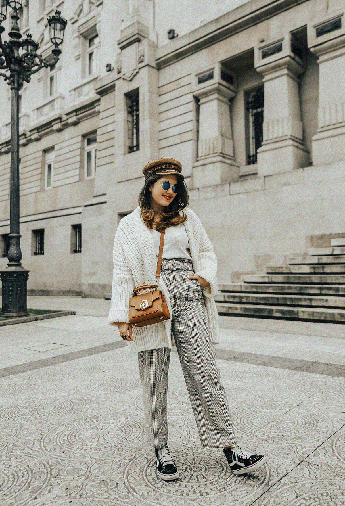 pantalones-cuadros-tiro-alto-streetstyle-trussardi-lovy-bag-myblueberrynightsblog8