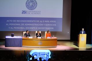 Acto Homenaje 25 Años de Servicio a PAS y PDI  (203)
