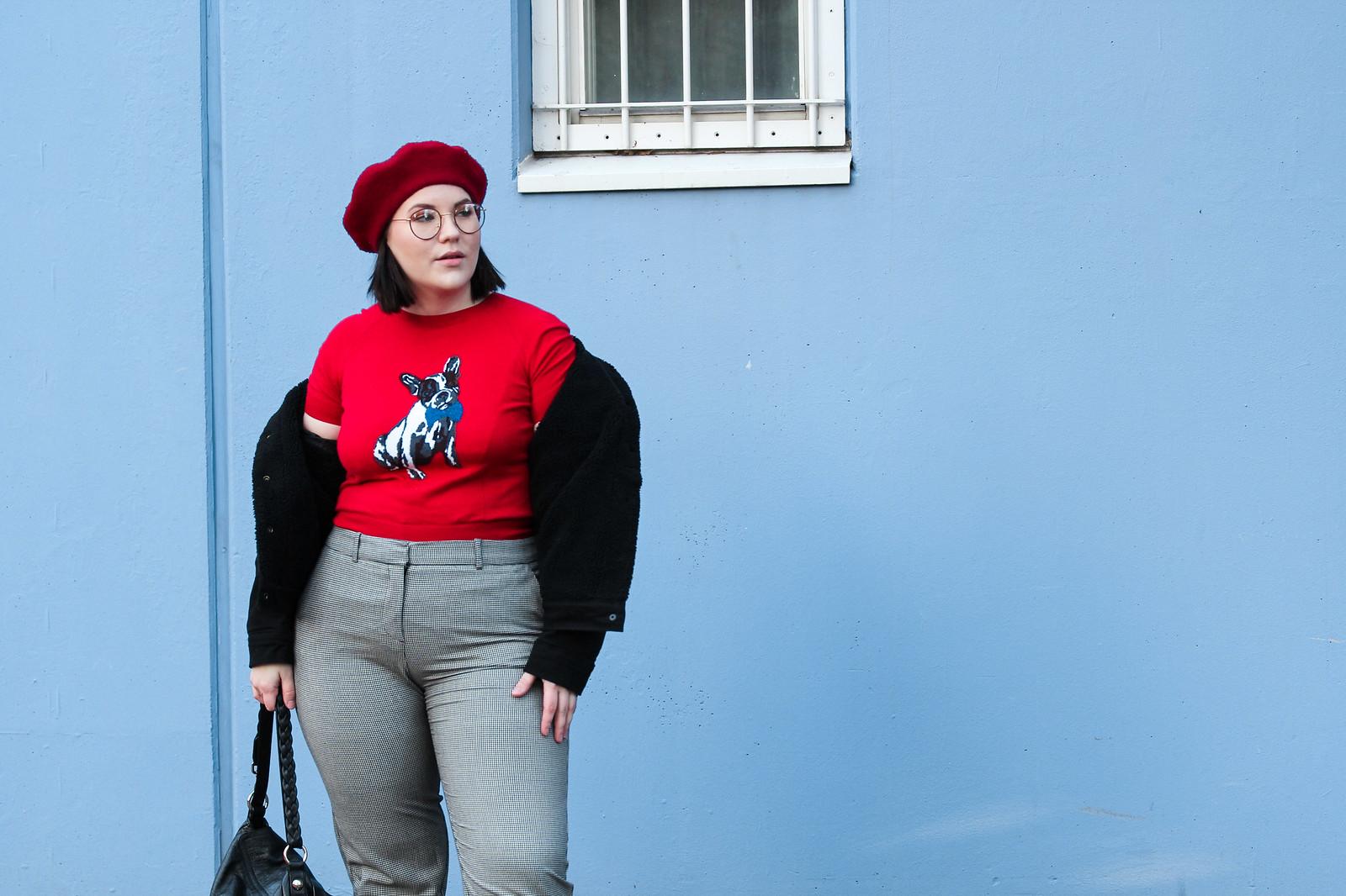 Levis karvavuorellinen farkkutakki, punainen baskeri, ted baker neule koira-11