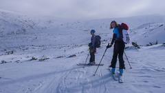 Ola i Iwona,  za punktem kontrolnym (Pylec), wysokość  1600m.  Zawody, dzień 2.