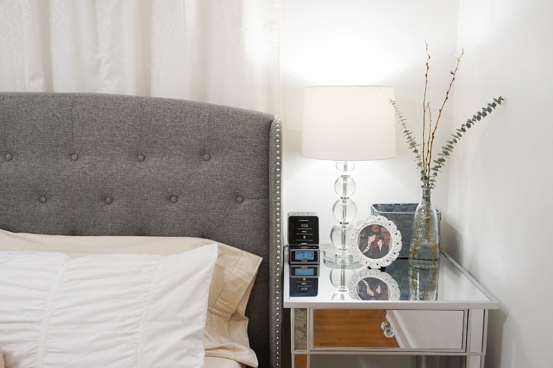 night-stand-clock-frame-lamp-eucalyptus-plant-9