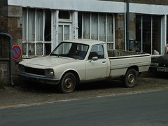 Peugeot 504 Pick-Up Briouze (61 Orne) 28-04-13a - Photo of Bellou-en-Houlme